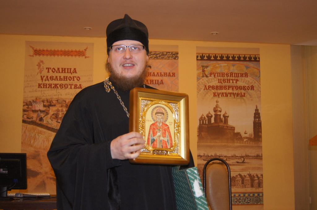 Икона Благоверного кн. Ярослава Мудрого - дар библиотеке