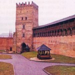Укрепления Верхнего замка с Надвратной башней. XIV-XVII вв.
