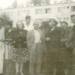 gruppa-khudozhnikov-s-i.langbardom-v-tsentre